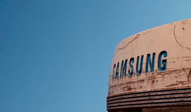 Samsung Gear Sport Smartwatch-1