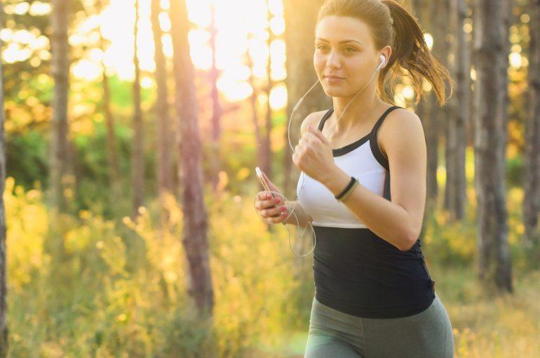 Joggen Frau Kalorienverbrauch